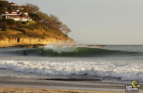 gallery-northern-nicaragua-waves-12